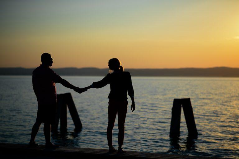 svadba svadobny fotograf romanticke fotky vieden podensdorf zapad slnka pri jazere