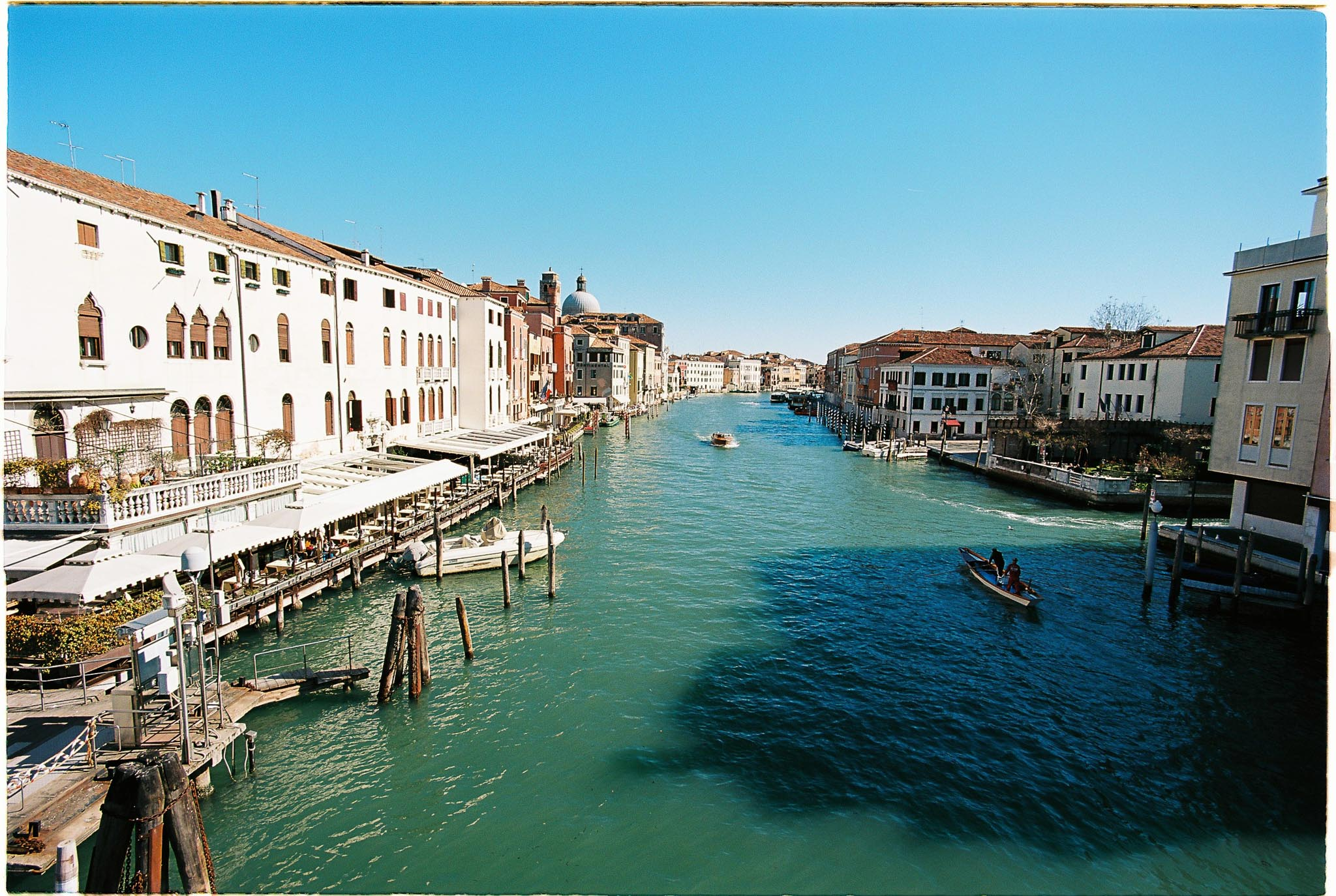 Venice Grad canal Film phtography Nikon F100 Zeiss distagon 18mm F3.5 ZF Kodak Ektar 100