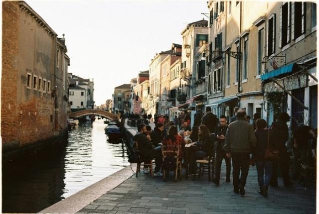 Venice street photography - Kodak portra 160