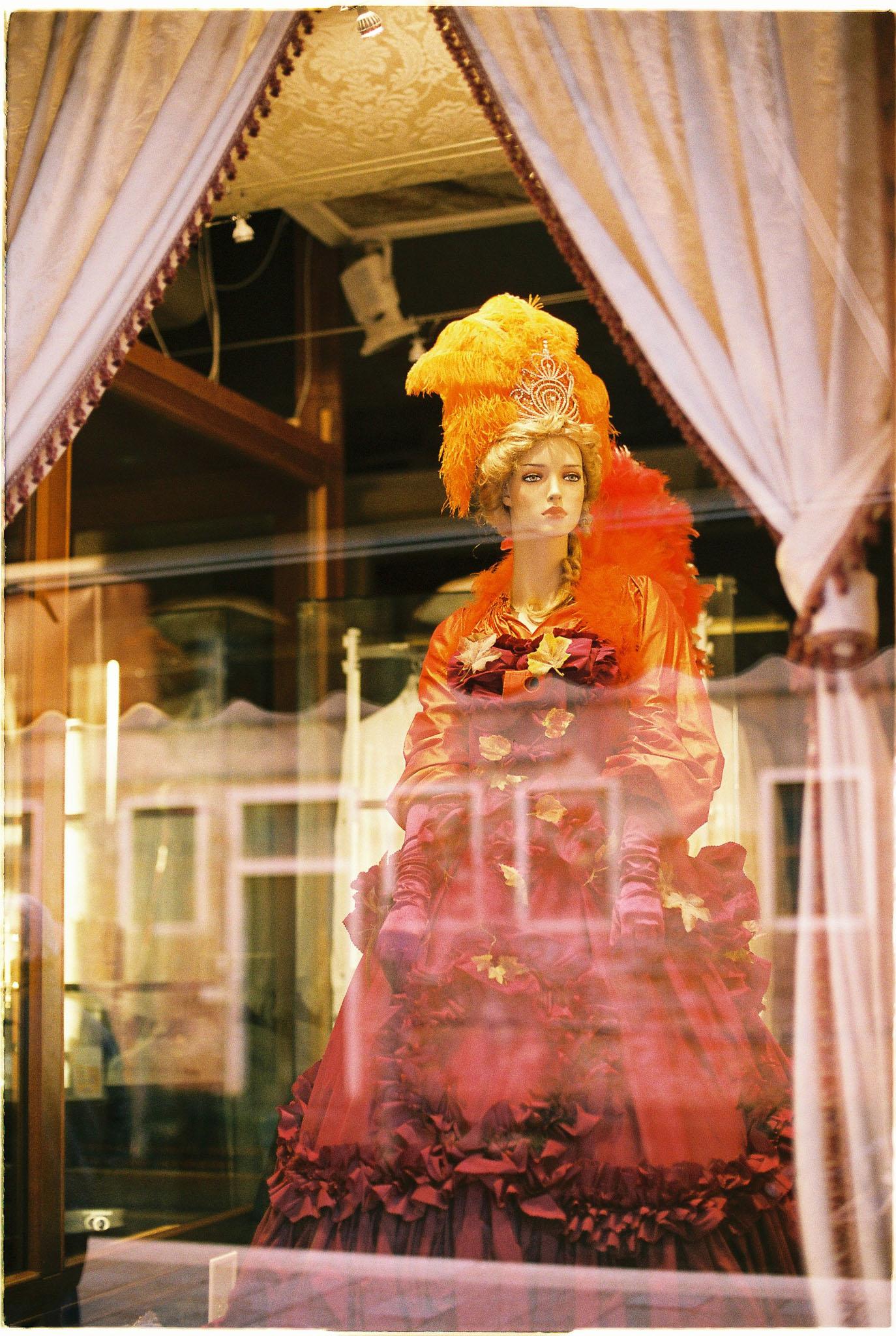 Venice shops - Agfa Vista400