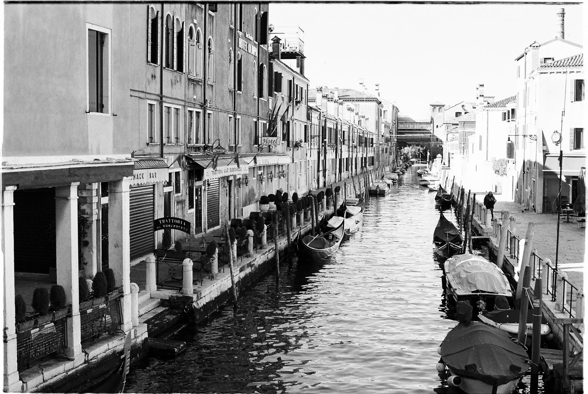 Agfa vista 100 expired film Venice Italy